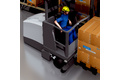 Optimized throughput by means of an S3000 safety laser scanner installed on the narrow aisle truck