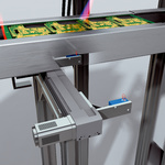 Reliable track-width adjustment for PCB transport systems