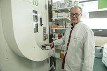 SICK sensors controll pharmacy robot