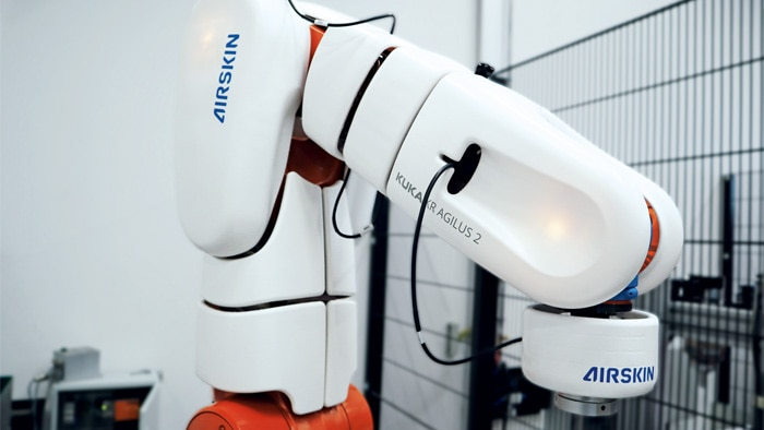 Die Zusammenarbeit zwischen Mensch und Roboter in gemeinsamen Arbeitsbereichen ist gefragter denn je.