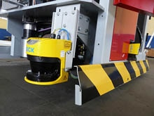 Laser-guided transport vehicles automate the entire final packaging line at OCME