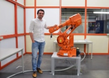 Close-up on our robotics experts: Meet Nikolas Simon