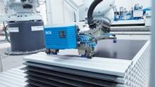 An application that hits the mark: palletizing and depalletizing using a 2D LiDAR sensor
