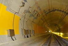 Protection of the overhead line in the Gotthard Base Tunnel